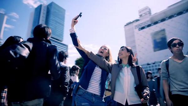 CM「Google Play Music 音楽のある生活・ウェルカム篇」.png