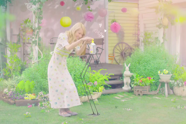 Dream Amiが手ピカジェルプラスのCMに出演&CM曲は初作詞曲!.png