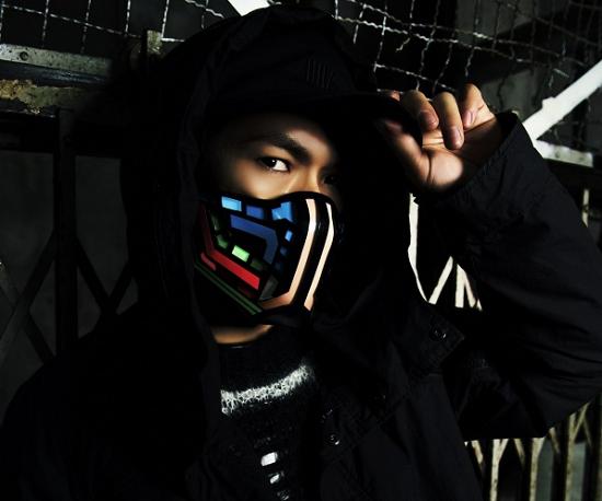 EXILE NAOTO 『ナイトヒーローNAOTO』カット③.png